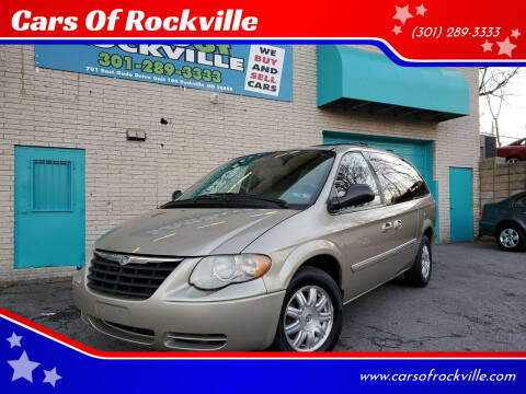 2006 Chrysler Town and Country for sale at Cars Of Rockville in Rockville MD