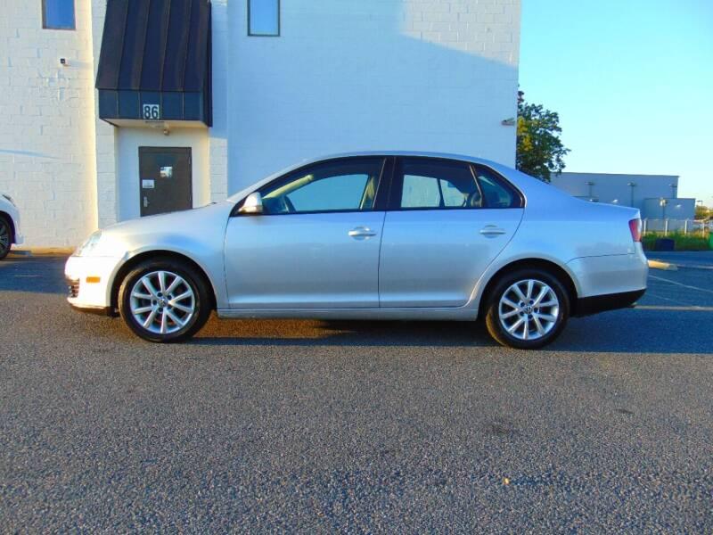 2010 Volkswagen Jetta for sale at CR Garland Auto Sales in Fredericksburg VA