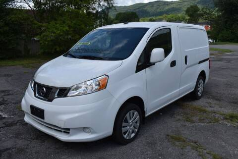 2017 Nissan NV200 for sale at Gamble Motor Co in La Follette TN