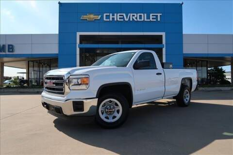 2015 GMC Sierra 1500 for sale at Lipscomb Auto Center in Bowie TX
