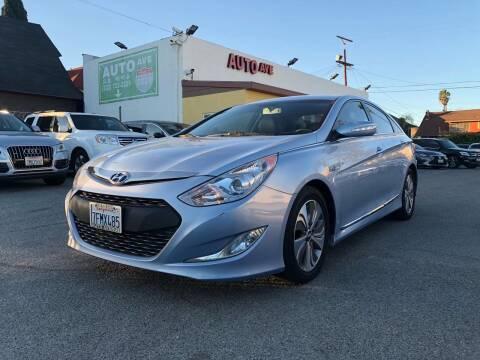 2013 Hyundai Sonata Hybrid for sale at Auto Ave in Los Angeles CA