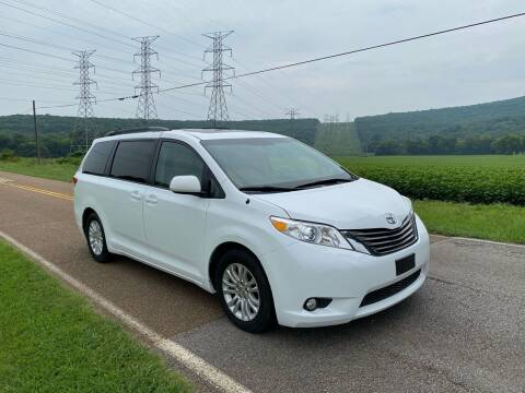 2013 Toyota Sienna for sale at Tennessee Valley Wholesale Autos LLC in Huntsville AL