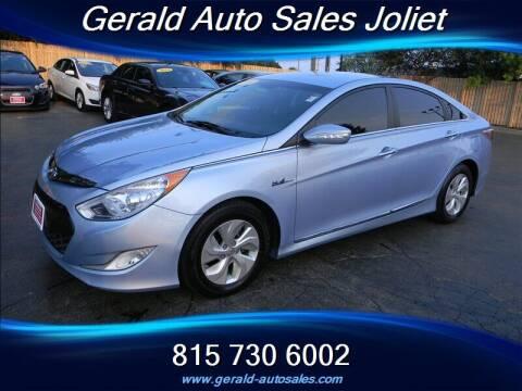 2014 Hyundai Sonata Hybrid for sale at Gerald Auto Sales in Joliet IL