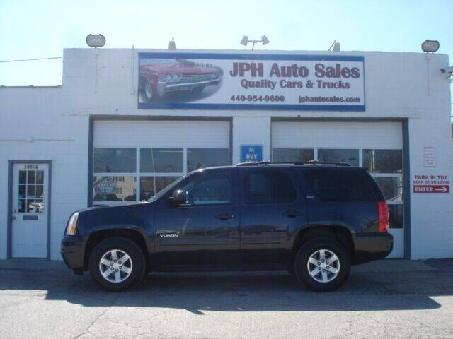 2013 GMC Yukon for sale at JPH Auto Sales in Eastlake OH