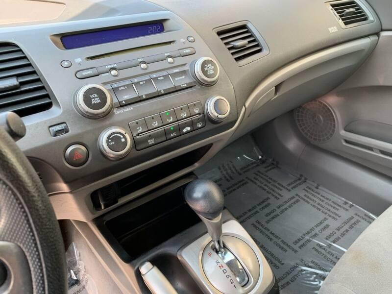 2008 Honda Civic LX 4dr Sedan 5A - Villa Park IL