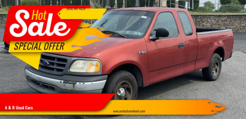2000 Ford F-150 for sale at A & R Used Cars in Clayton NJ