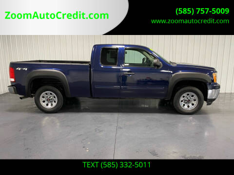 2010 GMC Sierra 1500 for sale at ZoomAutoCredit.com in Elba NY