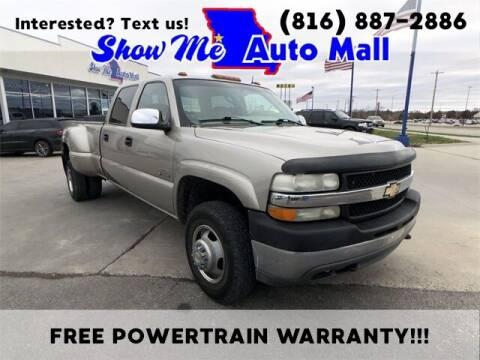 2001 Chevrolet Silverado 3500 for sale at Show Me Auto Mall in Harrisonville MO