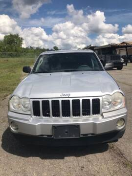 2006 Jeep Grand Cherokee for sale at J & S Motors in Chardon OH