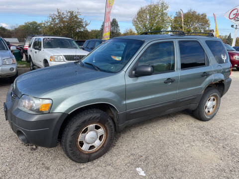 2005 Ford Escape for sale at Gilly's Auto Sales in Rochester MN