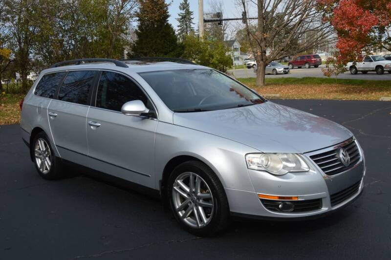 2008 Volkswagen Passat for sale at Manfreds Import Auto in Cary IL