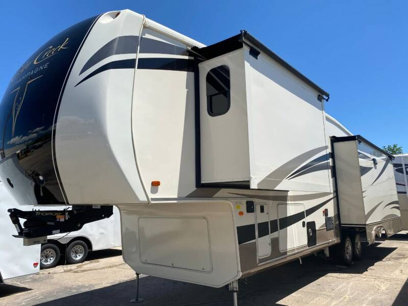 2017 REDUCED PRICE!!   Forest River Cedar Creek Champagne for sale at NOCO RV Sales in Loveland CO