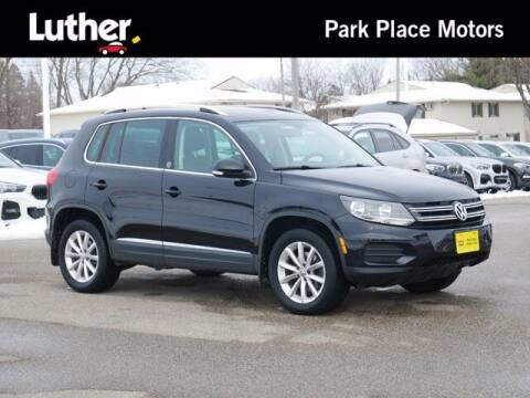 2017 Volkswagen Tiguan for sale at Park Place Motor Cars in Rochester MN