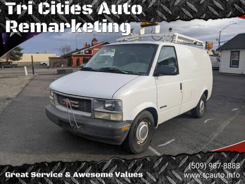 1999 GMC Safari Cargo for sale at Tri Cities Auto Remarketing in Kennewick WA
