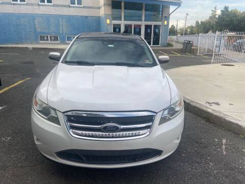 2011 Ford Taurus for sale at Advantage Auto Brokers in Hasbrouck Heights NJ
