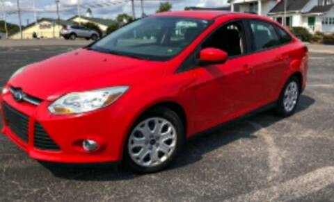 2012 Ford Focus for sale at BSA Pre-Owned Autos LLC in Hinton WV