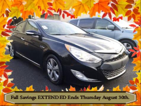 2012 Hyundai Sonata Hybrid for sale at Southern Star Automotive, Inc. in Duluth GA
