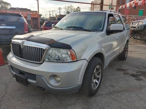 2003 Lincoln Navigator for sale at JIREH AUTO SALES in Chicago IL