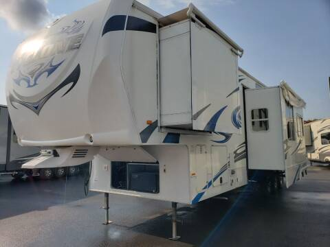 2011 Heartland Cyclone 3612 for sale at Ultimate RV in White Settlement TX