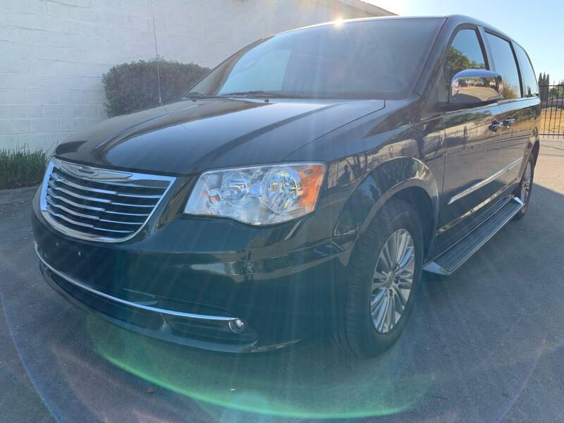 2015 Chrysler Town and Country for sale at 707 Motors in Fairfield CA