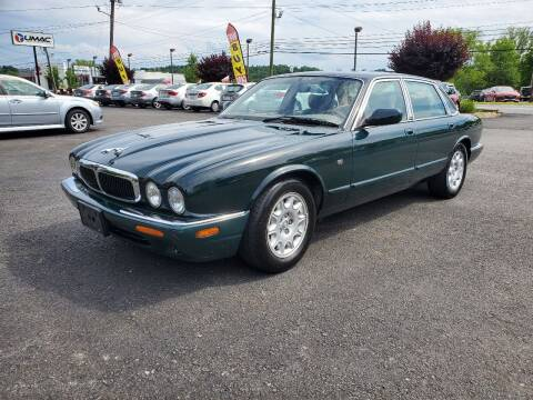 1999 Jaguar XJ-Series for sale at AFFORDABLE IMPORTS in New Hampton NY
