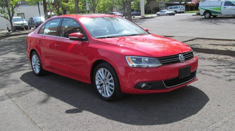 2014 Volkswagen Jetta for sale at D & M Auto Sales in Corvallis OR