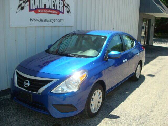 2015 Nissan Versa for sale at Team Knipmeyer in Beardstown IL