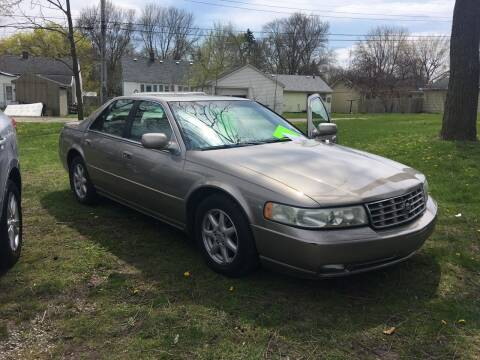 2003 Cadillac Seville for sale at Antique Motors in Plymouth IN