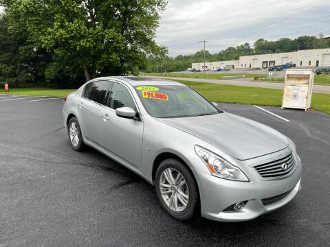 2015 Infiniti Q40 for sale at Jackie's Car Shop in Emigsville PA