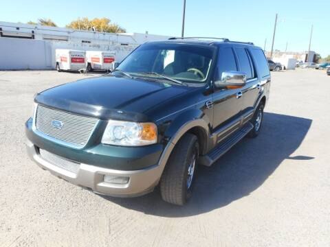 2004 Ford Expedition for sale at AUGE'S SALES AND SERVICE in Belen NM