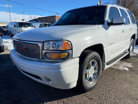 2006 GMC Yukon for sale at Martinez Cars, Inc. in Lakewood CO