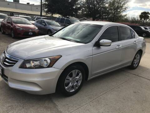 2011 Honda Accord for sale at AMIGO USED CARS in Houston TX