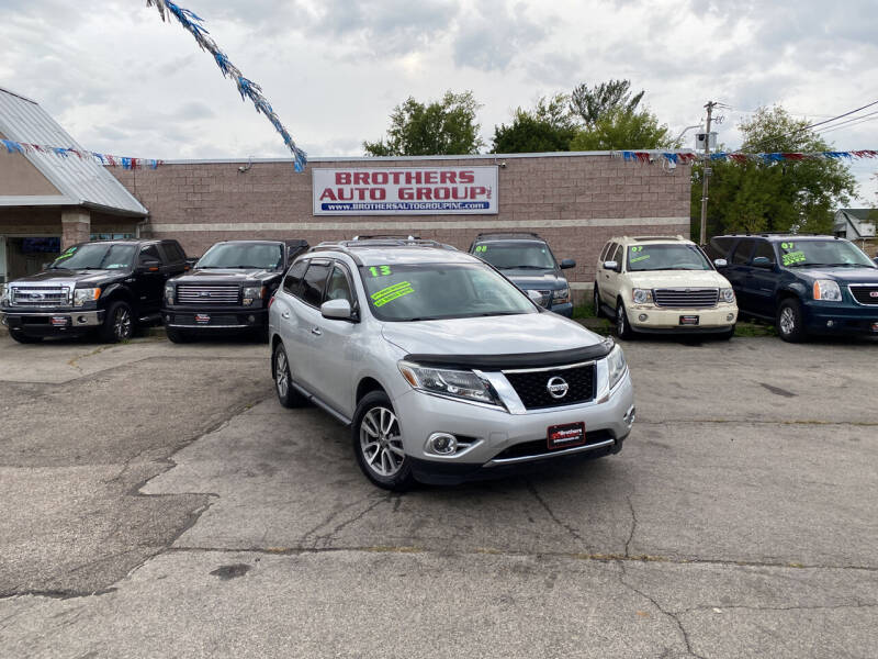 2013 Nissan Pathfinder for sale at Brothers Auto Group in Youngstown OH