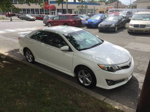 2013 Toyota Camry for sale at UNION AUTO SALES in Vauxhall NJ