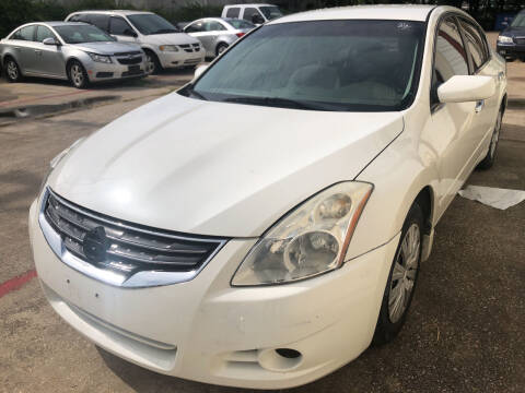 2010 Nissan Altima for sale at Auto Access in Irving TX