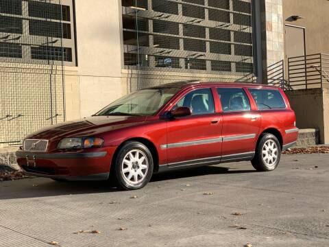 2002 Volvo V70 for sale at LANCASTER AUTO GROUP in Portland OR