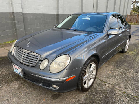 2006 Mercedes-Benz E-Class for sale at APX Auto Brokers in Lynnwood WA
