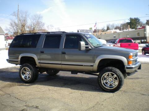 1999 Chevrolet Suburban for sale at Starrs Used Cars Inc in Barnesville OH