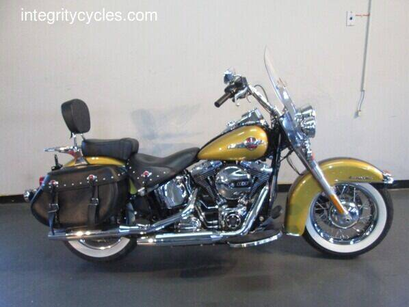 2017 Harley-Davidson Heritage Softail Classic for sale at INTEGRITY CYCLES LLC in Columbus OH
