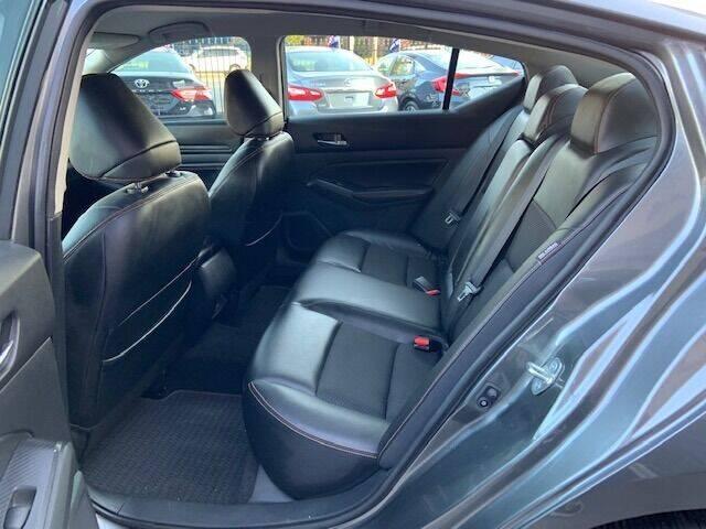 2019 Nissan Altima 2.5 SR 4dr Sedan - Nashville TN