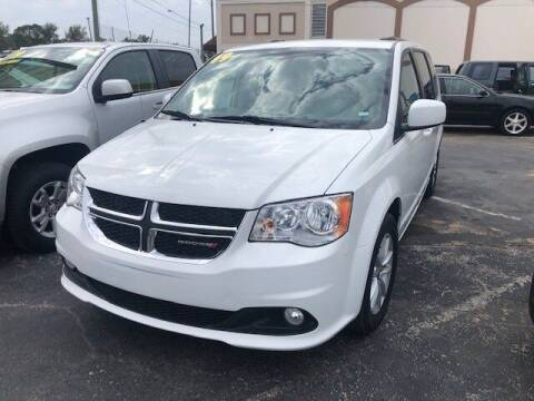 2019 Dodge Grand Caravan for sale at DUNEDIN AUTO SALES INC in Dunedin FL