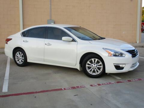 2014 Nissan Altima for sale at Executive Motor Group in Houston TX