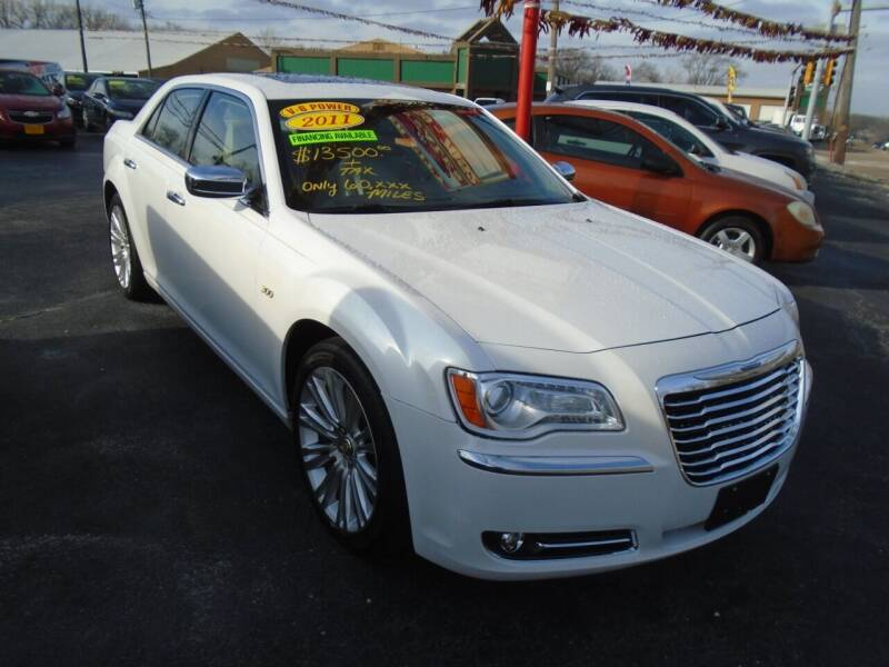 2011 Chrysler 300 for sale at River City Auto Sales in Cottage Hills IL