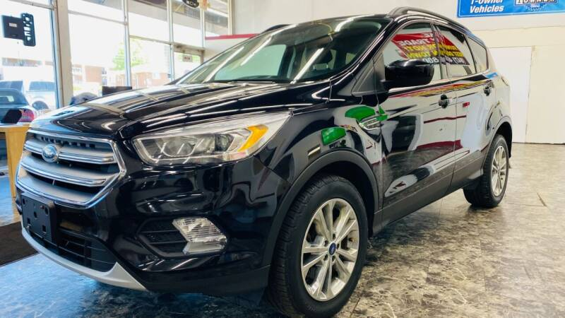 2017 Ford Escape for sale at TOP YIN MOTORS in Mount Prospect IL