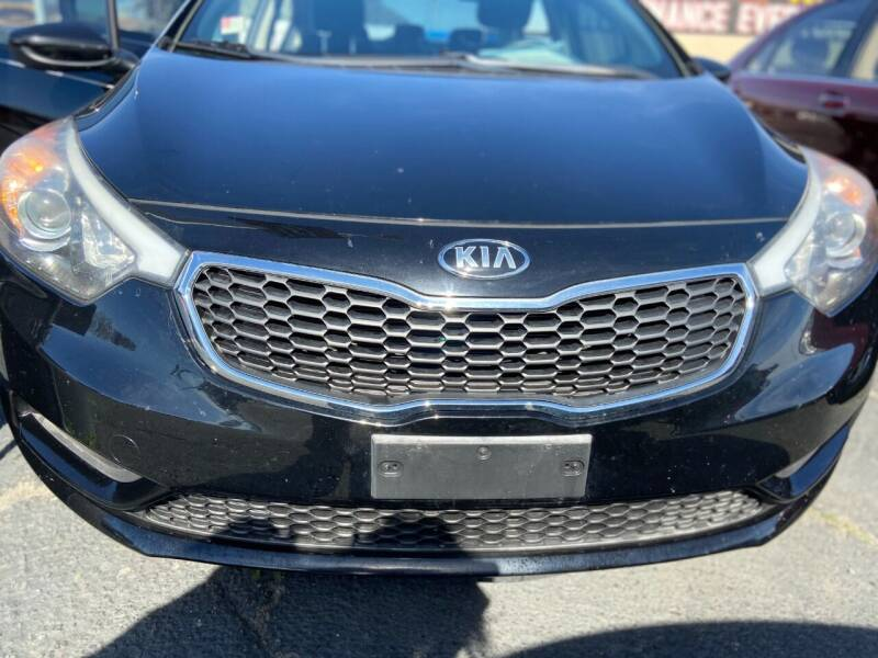 2016 Kia Forte for sale at Global Auto Group in Fontana CA