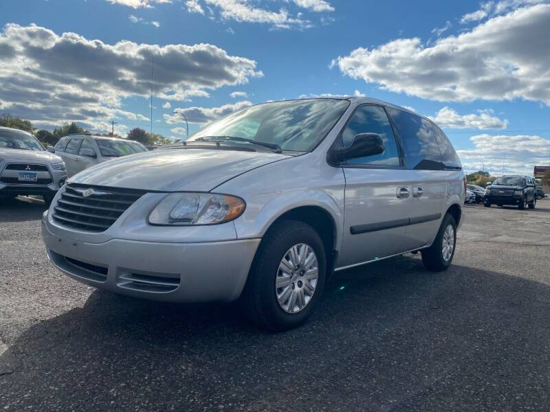 2006 Chrysler Town and Country for sale at Auto Tech Car Sales in Saint Paul MN