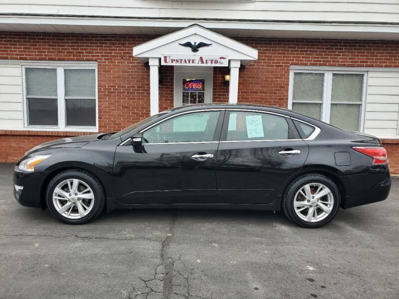 2015 Nissan Altima for sale at UPSTATE AUTO INC in Germantown NY