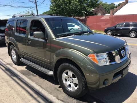 2005 Nissan Pathfinder for sale at Deleon Mich Auto Sales in Yonkers NY