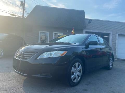 2009 Toyota Camry for sale at Global Auto Finance & Lease INC in Maywood IL