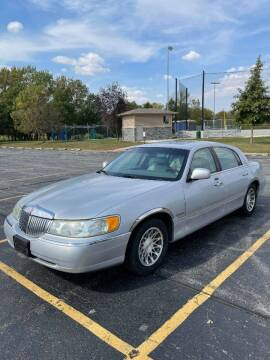 2001 Lincoln Town Car for sale at Brown's Truck Accessories Inc in Forsyth IL